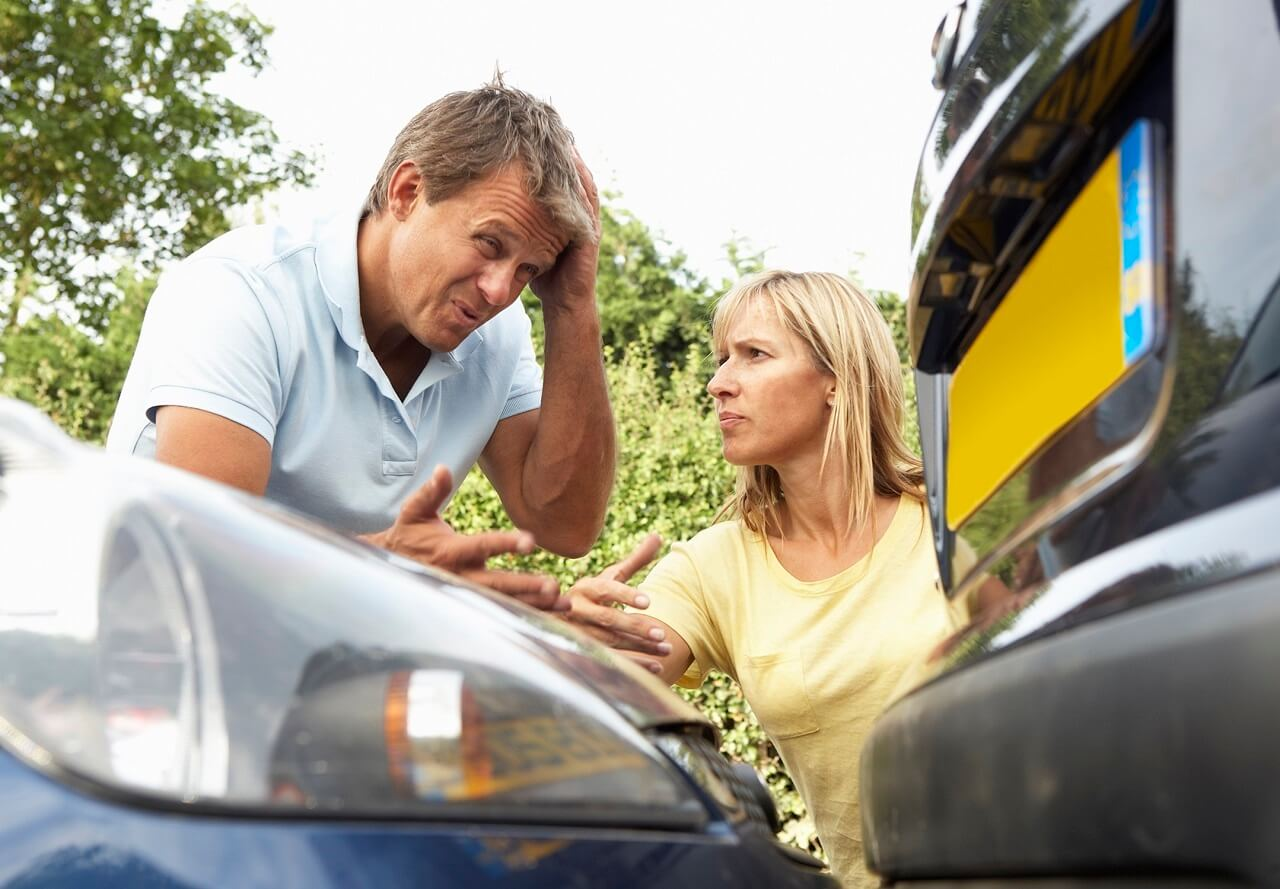 От чего страхует ОСАГО и КАСКО Вопросы автострахования